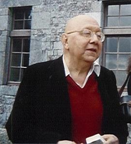 Κορνήλιος Καστοριάδης (Κωνσταντινούπολη, 11 Μαρτίου 1922 – Παρίσι, 26 Δεκεμβρίου 1997)