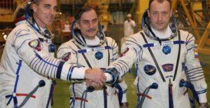 Ρωσία: Επέστρεψαν με επιτυχία στη Γη οι τρεις αστροναύτες του Διεθνούς Διαστημικού Σταθμού