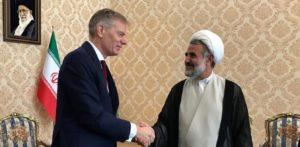 Διπλωματικό θρίλερ στην Τεχεράνη: Συνελήφθη ο Βρετανός πρέσβης