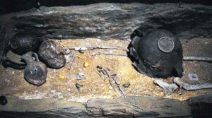 Αρχαιολογική ανακάλυψη μίας ανθρώπινης τραγωδίας 28 αιώνων.. στην Λέσβο