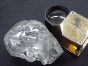 Μόλις βρέθηκε αυτό το διαμάντι μεγέθους μπάλας του γκολφ – Πόσο κοστίζει
