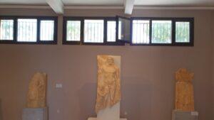 Στο Αρχαιολογικό Μουσείο της Τήνου ένα από τα ωραιότερα έργα κλασικής γλυπτικής