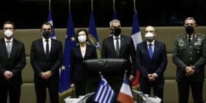 «Έπεσαν» οι υπογραφές για τα Rafale – Τι είπε ο ΥΕΘΑ για την ολοκλήρωση της συμφωνίας